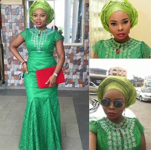 Classy Aso Ebi Styles In Lace Worn Over The Weekend @dee_okuneye