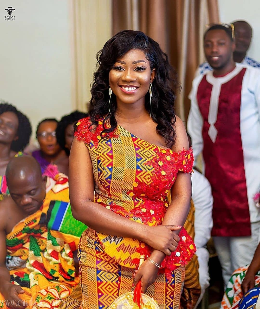 8 Fabulous Kente Styles For Ghanaian Brides